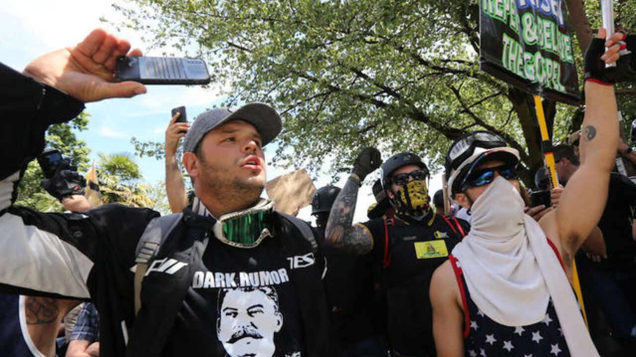 Patriot Prayer rally: In Portland, protesters hurl projectiles, police say 'disperse'