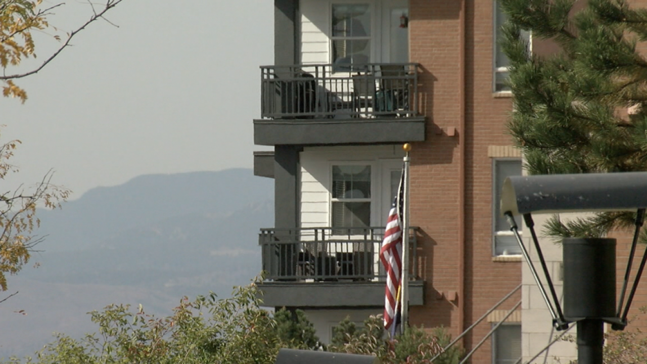 Denver woman wants apartment to let her display political signpng