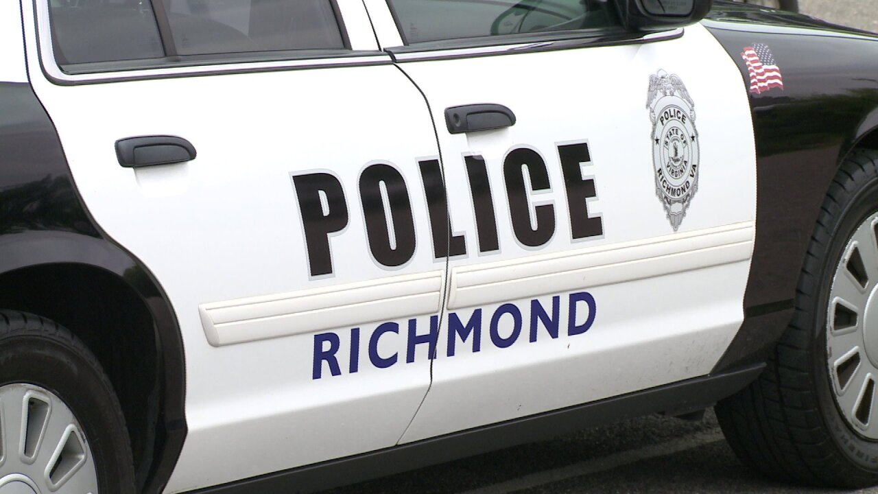 Badly decomposed body found along James River