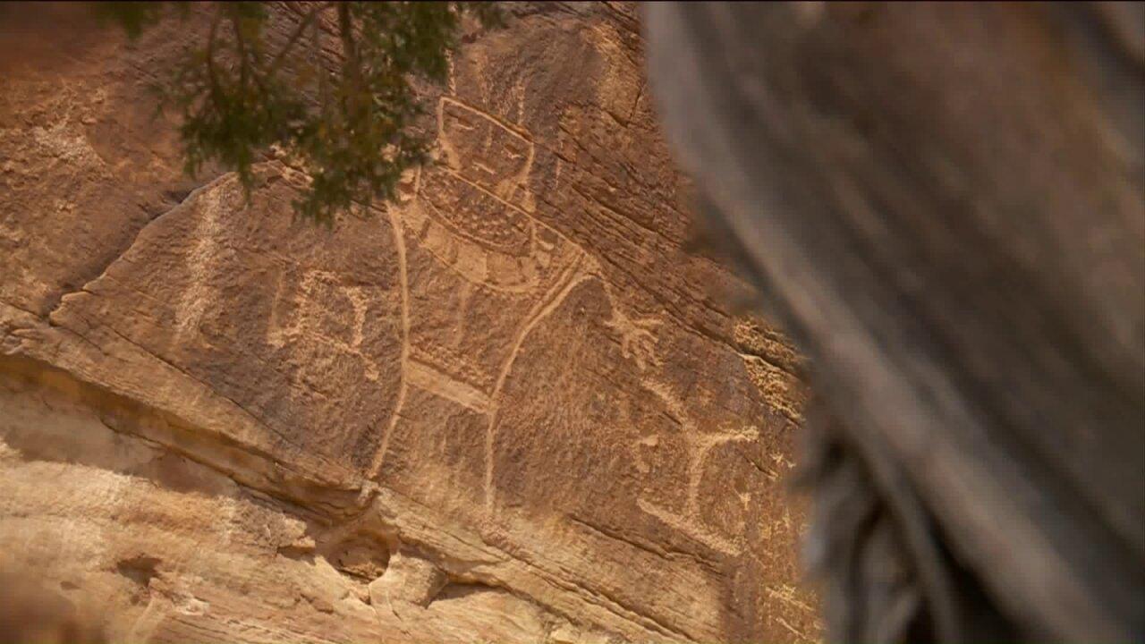 Uniquely Utah: impressive petroglyphs outsideVernal