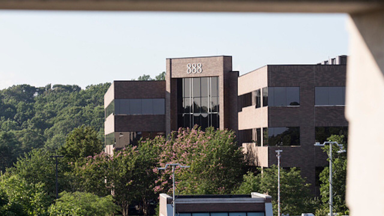 Hours after shooting, Capital Gazette publishes