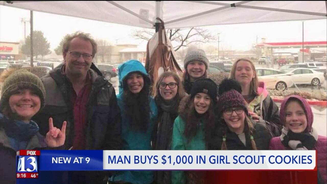 Man buys $1,000 of cookies, tells Utah Girl Scouts to hand themout