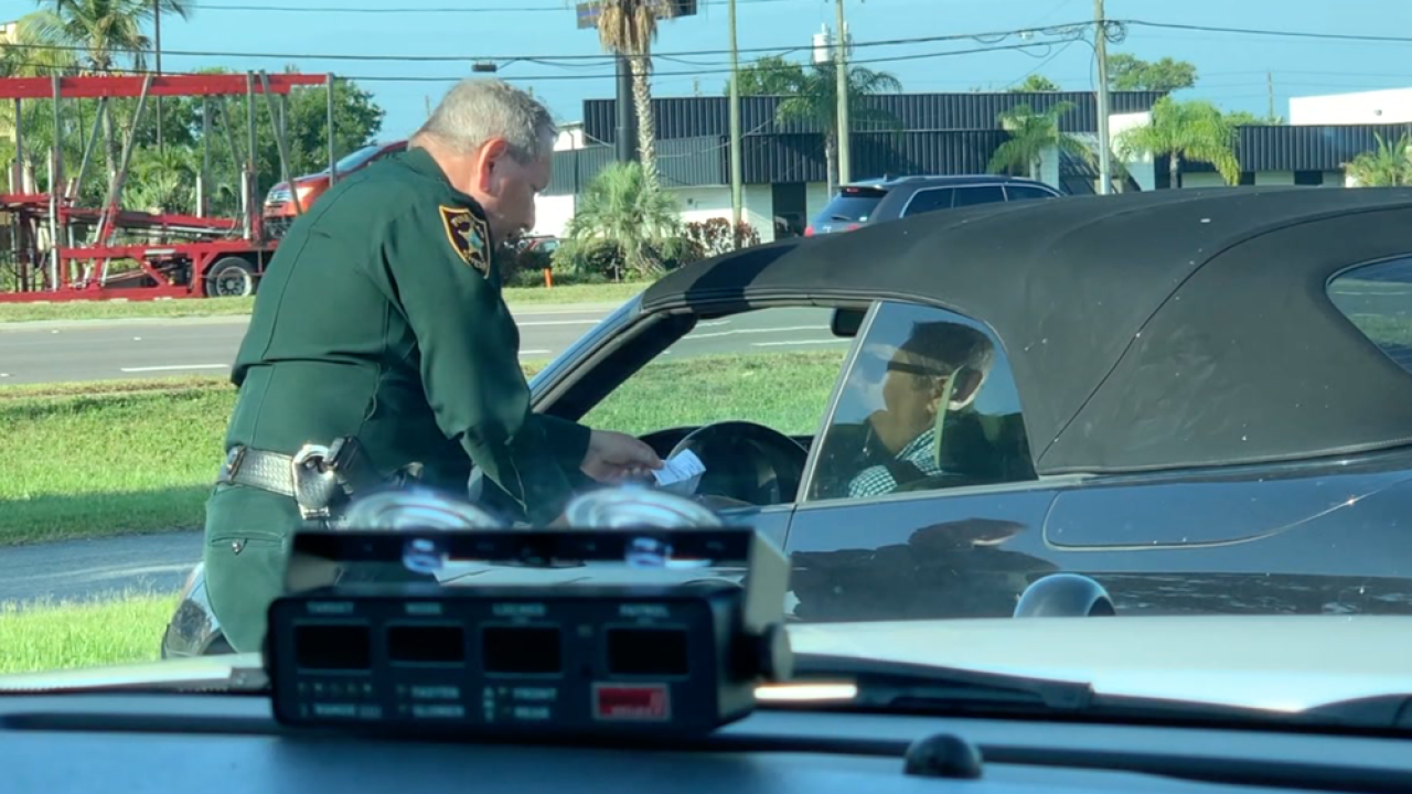 Generic-Pull-Over-Traffic-Stop.png