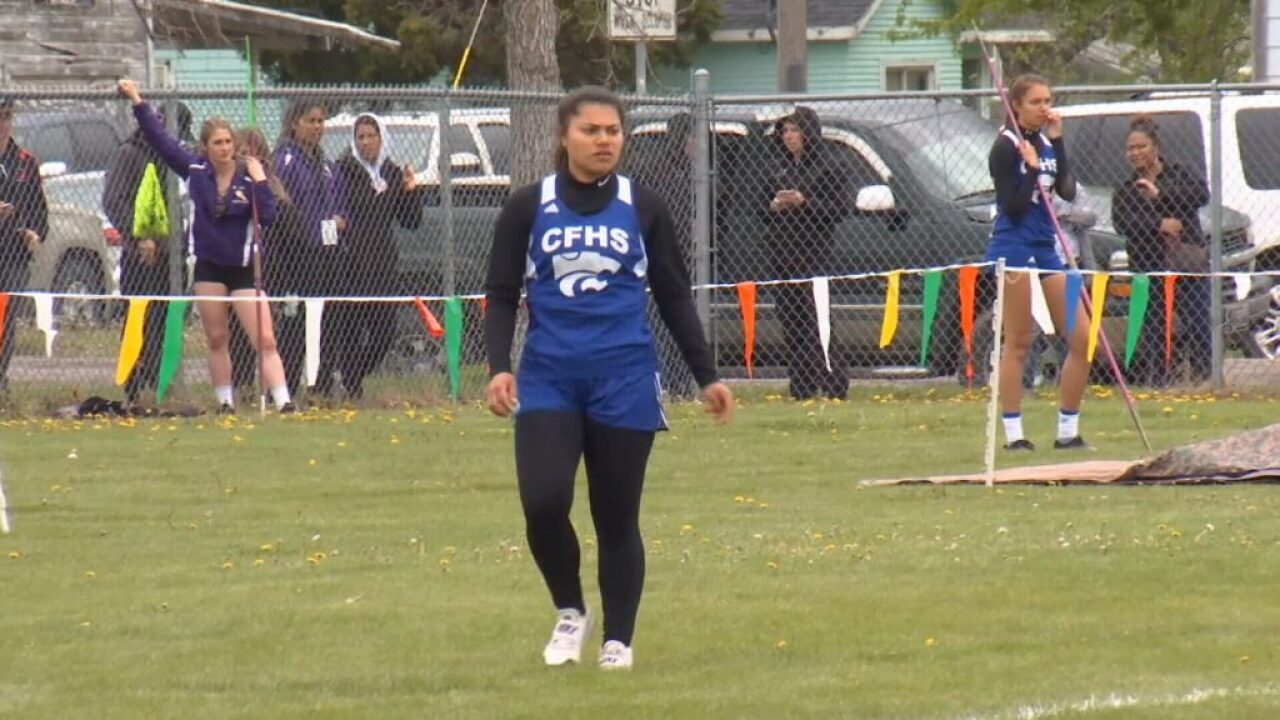 Angellica Street named Gatorade girls track and field athlete of the year