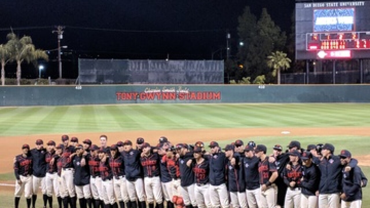 Aztecs escape with 4-3 victory over Michigan