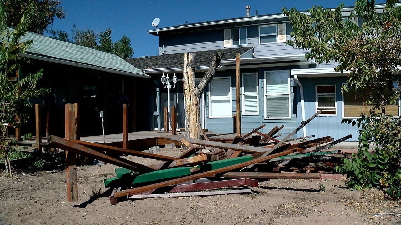 Aurora homeowner wanting refund after no work done on deck.jpg