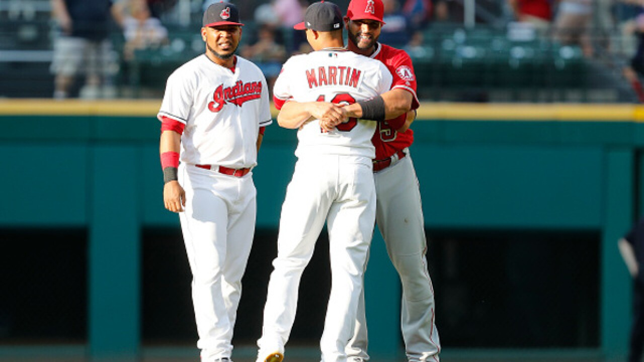 Indians fielder Leonys Martín recovering from life-threatening infection
