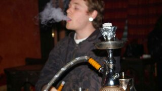 WPTV hookah smoking