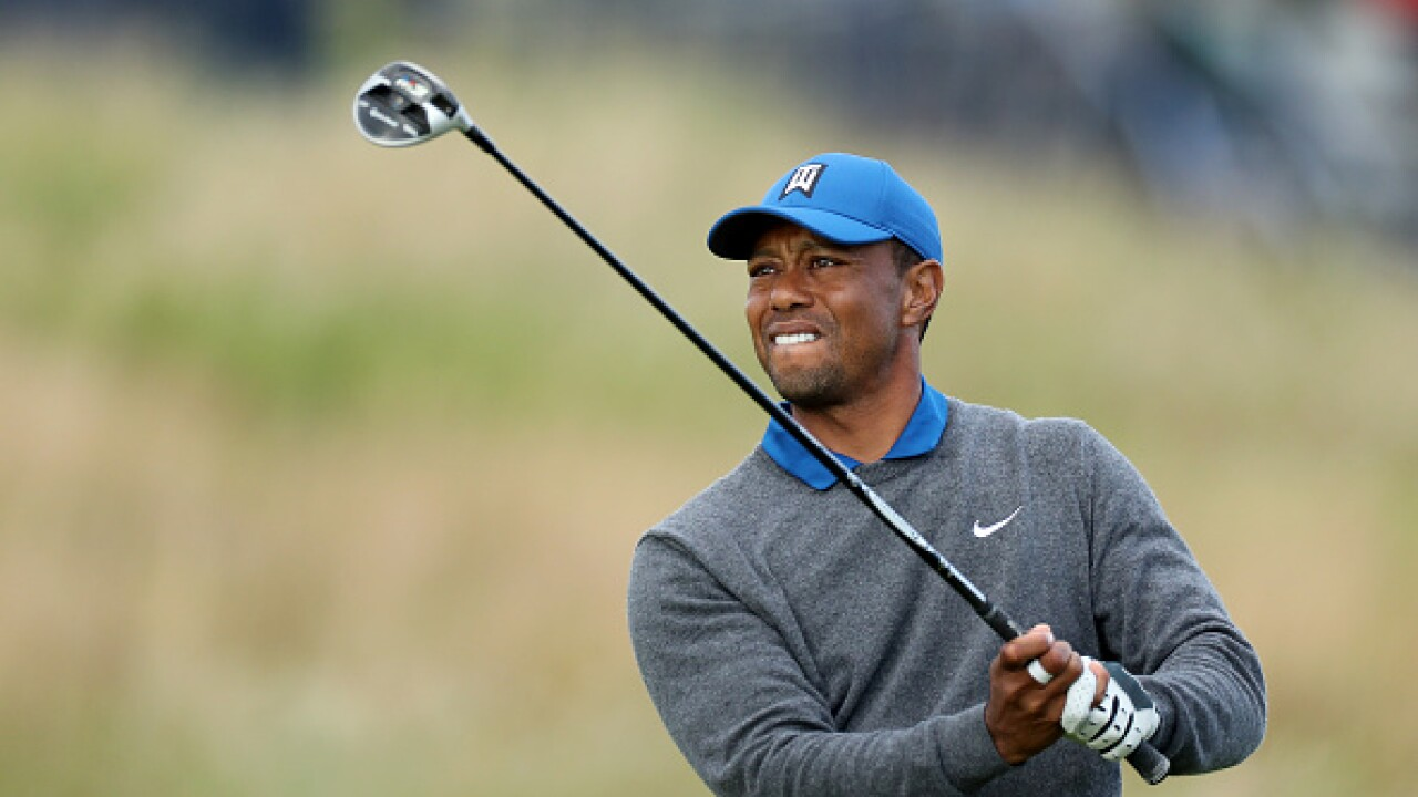The usual crowd support saw an unusual score for Tiger Woods