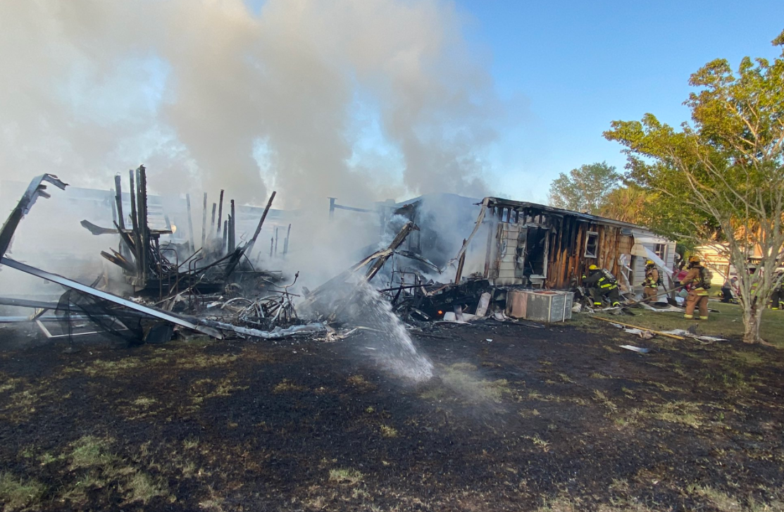 Fort Pierce mobile home fire.PNG
