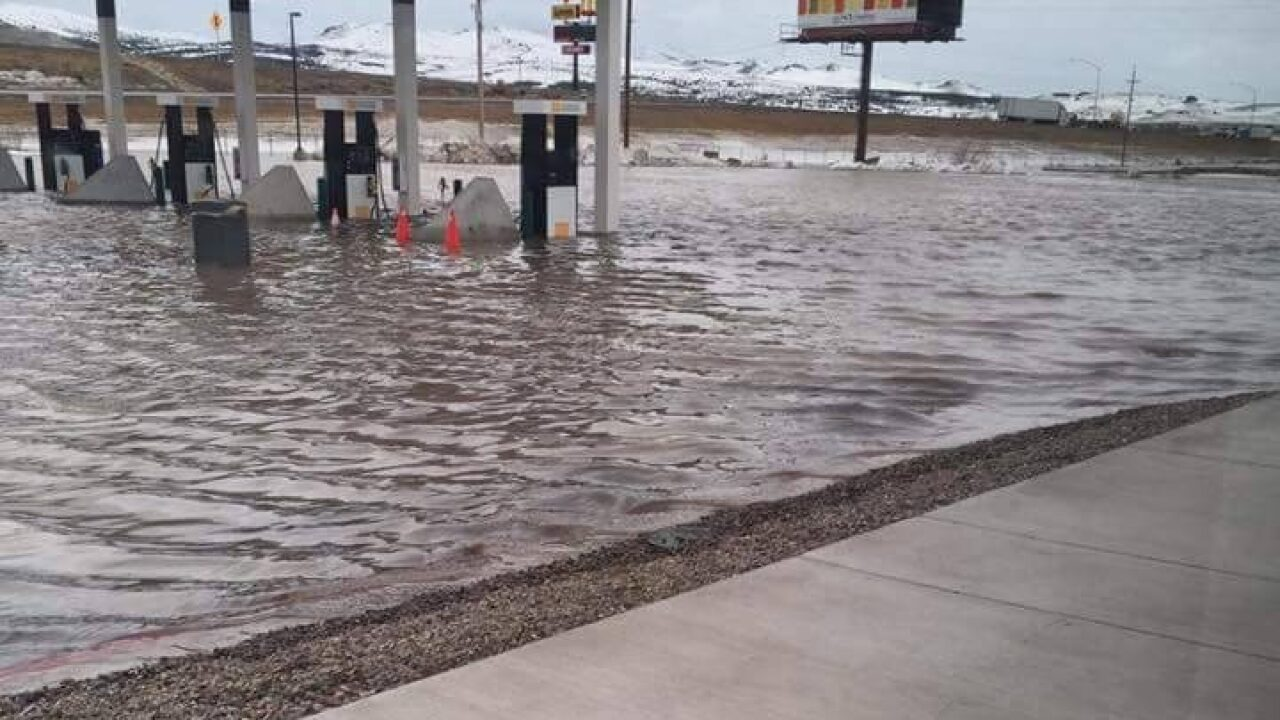 Police ask Elko residents to voluntarily leave homes during flood
