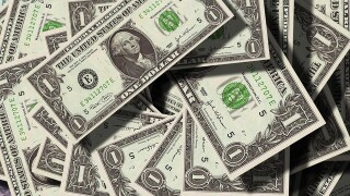 Arizona hikes minimum wage by 50 cents