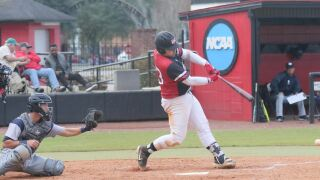 Blazers Get Back on Winning Track with 7-1 Victory at Albany State