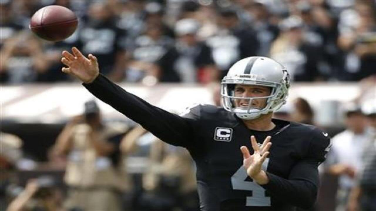 new styles 0ee32 58b10 Derek Carr selected for his 1st Pro Bowl