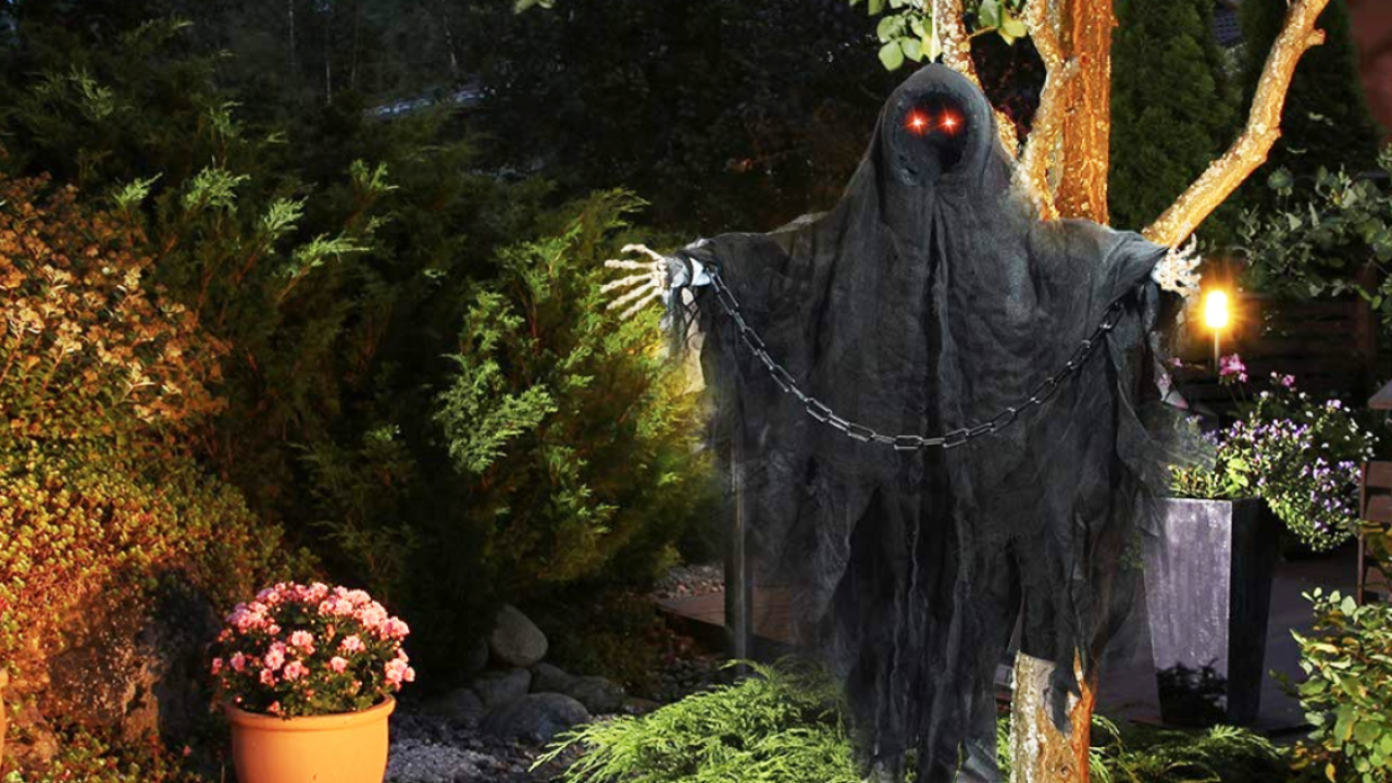 Spooky decorations you can get delivered in time for Halloween