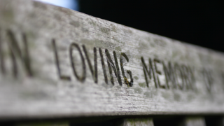 Remembering Loved Ones: 6 Ways to Memorialize Those We've Lost