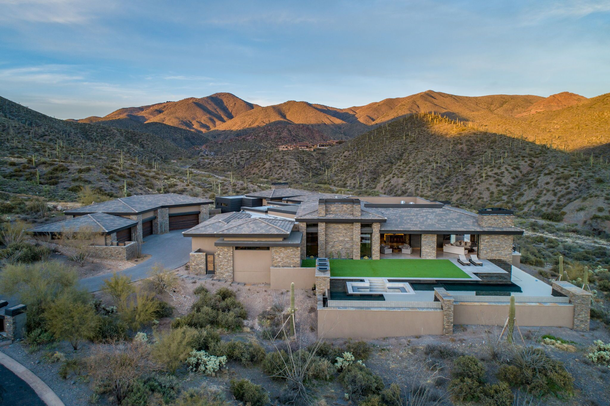 9300+E+Grapevine+Pass+Scottsdale-62-WebQuality-Stunning+Mountain+Setting.jpg