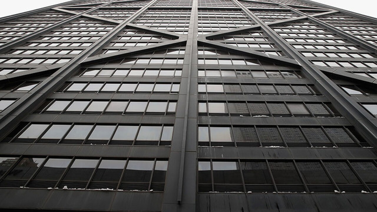 Elevator in Chicago skyscraper fell 84 floors before rescue