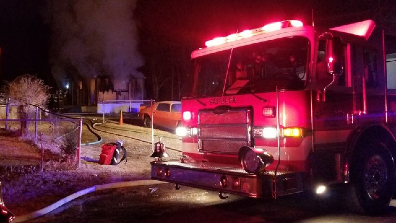 Oakhurst mobile home destroyed in fire