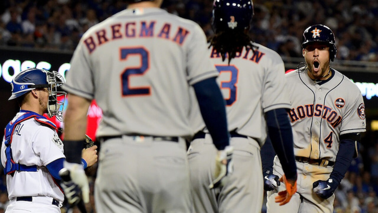Astros tie up World Series with 7-6 win over Dodgers in Game 2