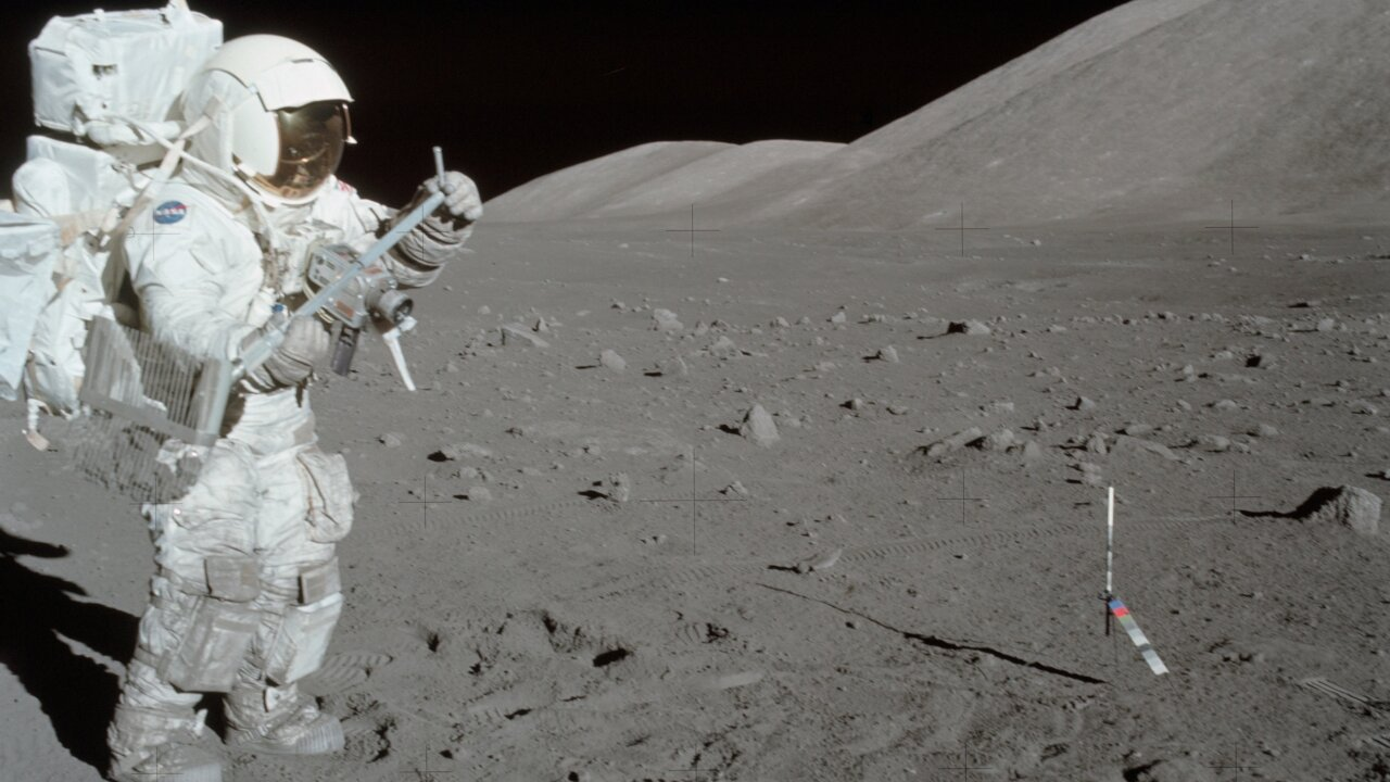 Relive the Apollo 11 moon landing through these historical photos
