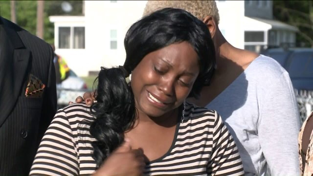 Mother of teen killed by Portsmouth police: 'He didn't deservethis'
