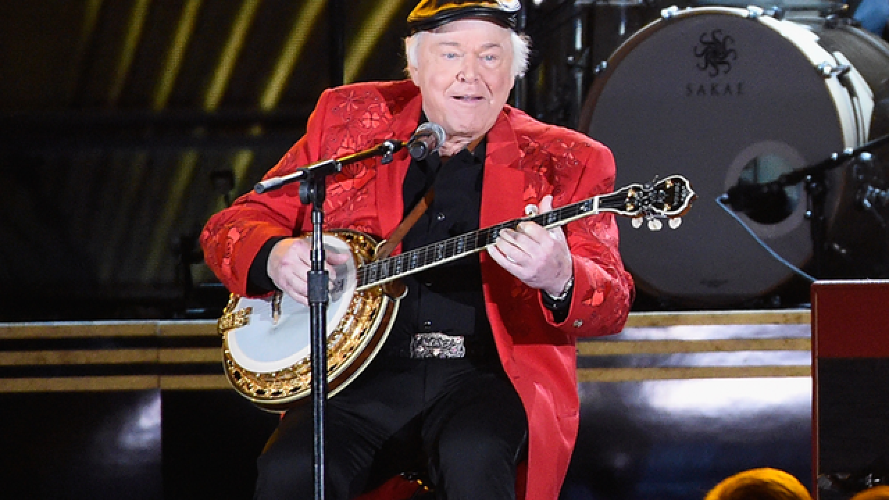 Country star Roy Clark has died at age 85, according to his publicist