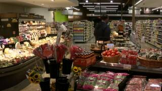 Local grocery, construction workers feel impact of supply chain constraints