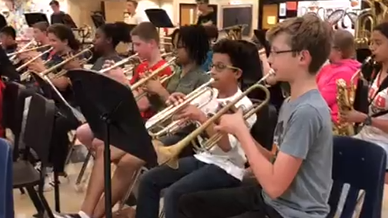 Tabb Middle School students prepare for end-of-year performance with originalcomposition