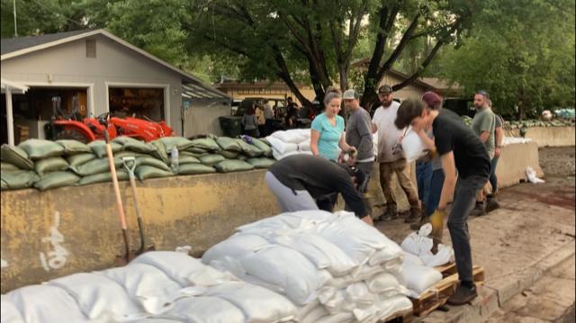 flagstaff flooding sandbags