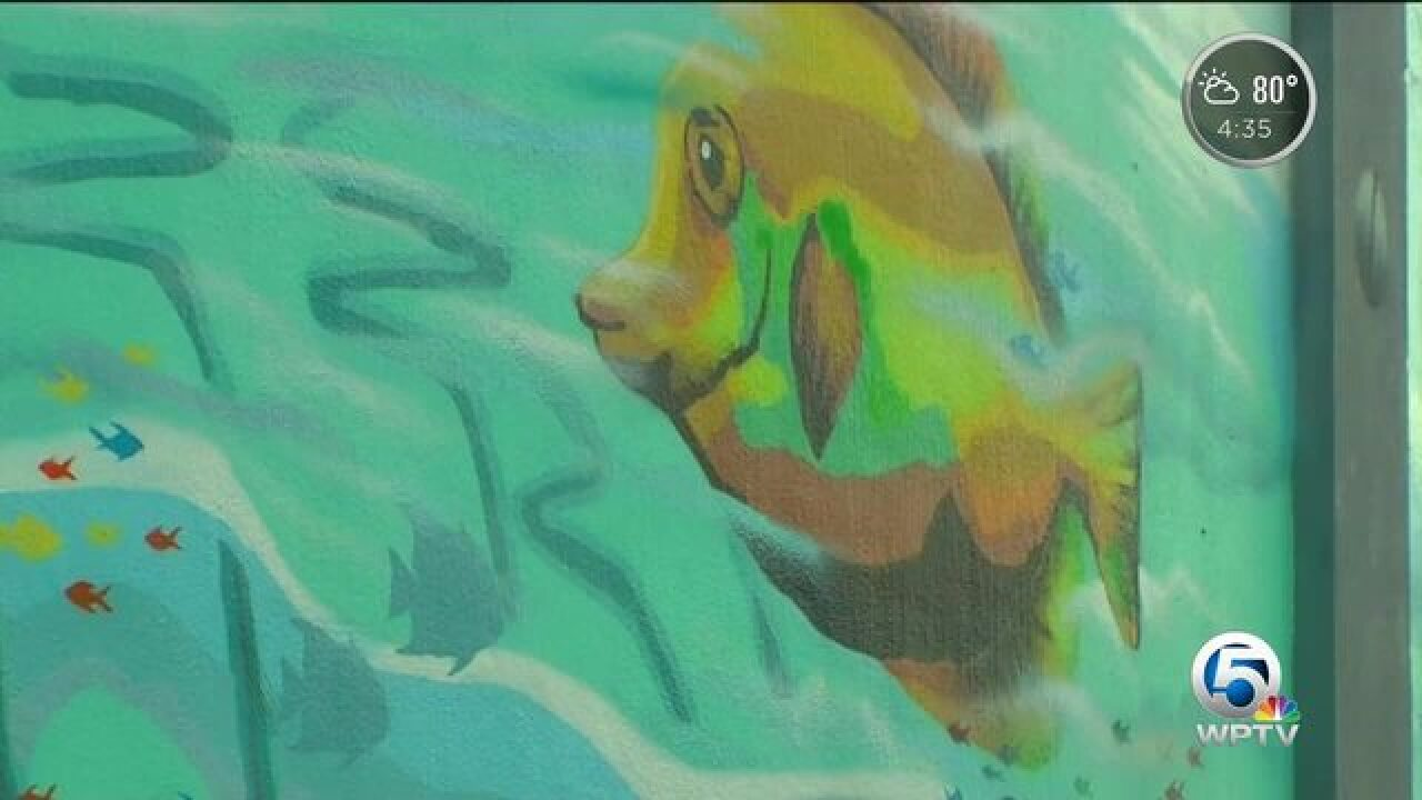 New mural changing conversation in Riviera Beach