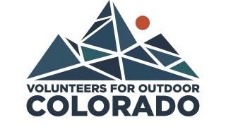 volunteersoutdooram.jpg