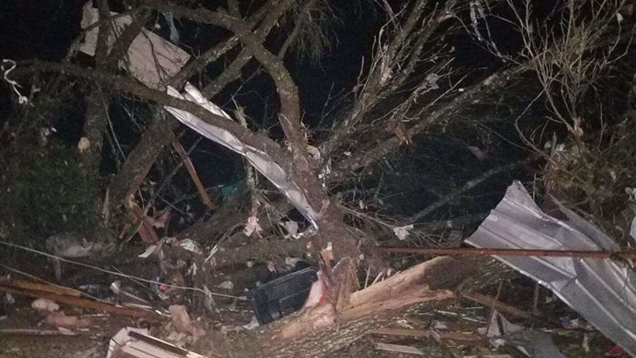 LCSO: At least 10 homes damaged in Baum Road community, two injured