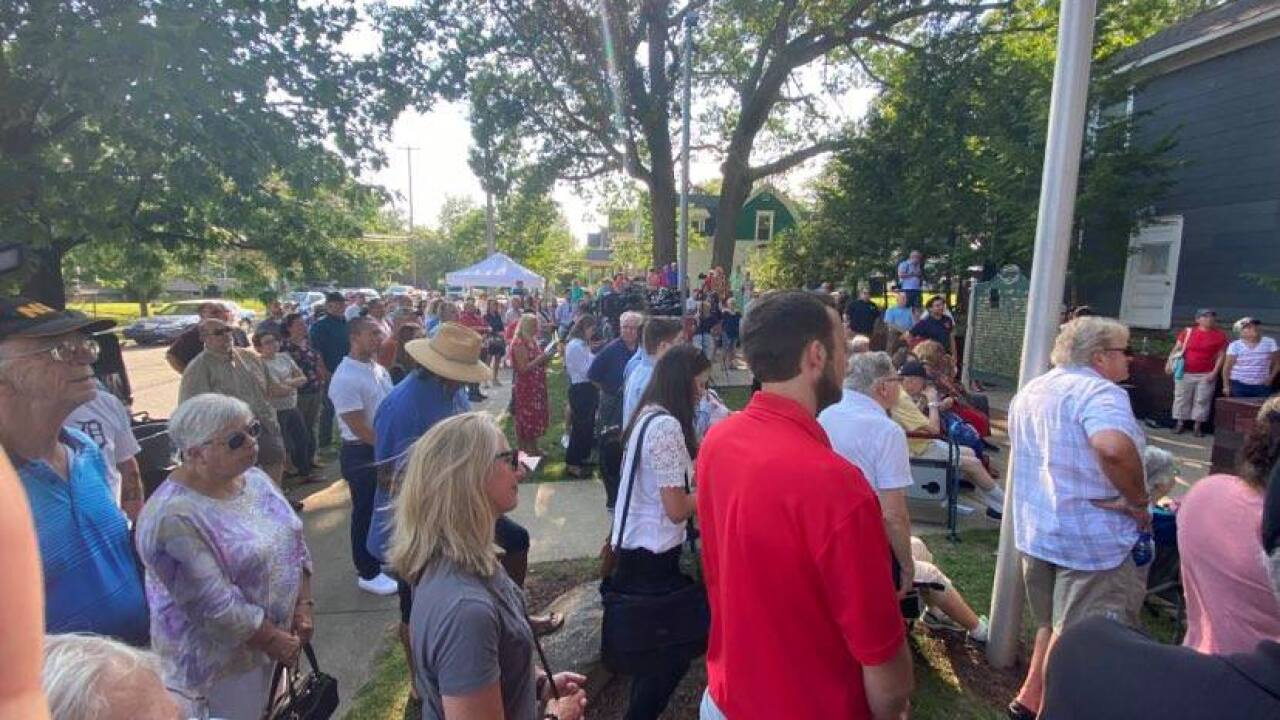 Jackson Under the Oaks GOP birthday celebration