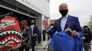 Joe Biden detroit shopping-1