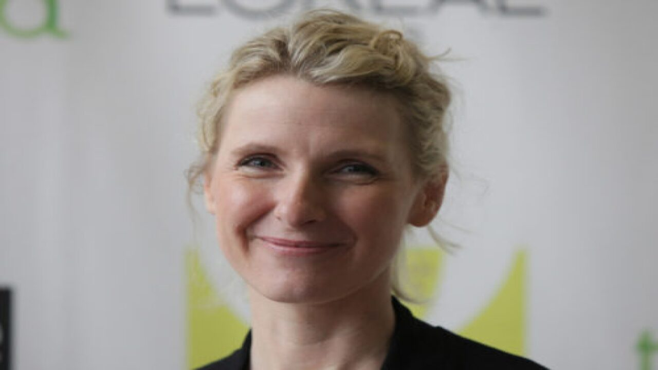 'Eat, Pray, Love' Author Elizabeth Gilbert Shares How She 'Had It All Wrong' When It Came To Caring For Her Terminally Ill Wife