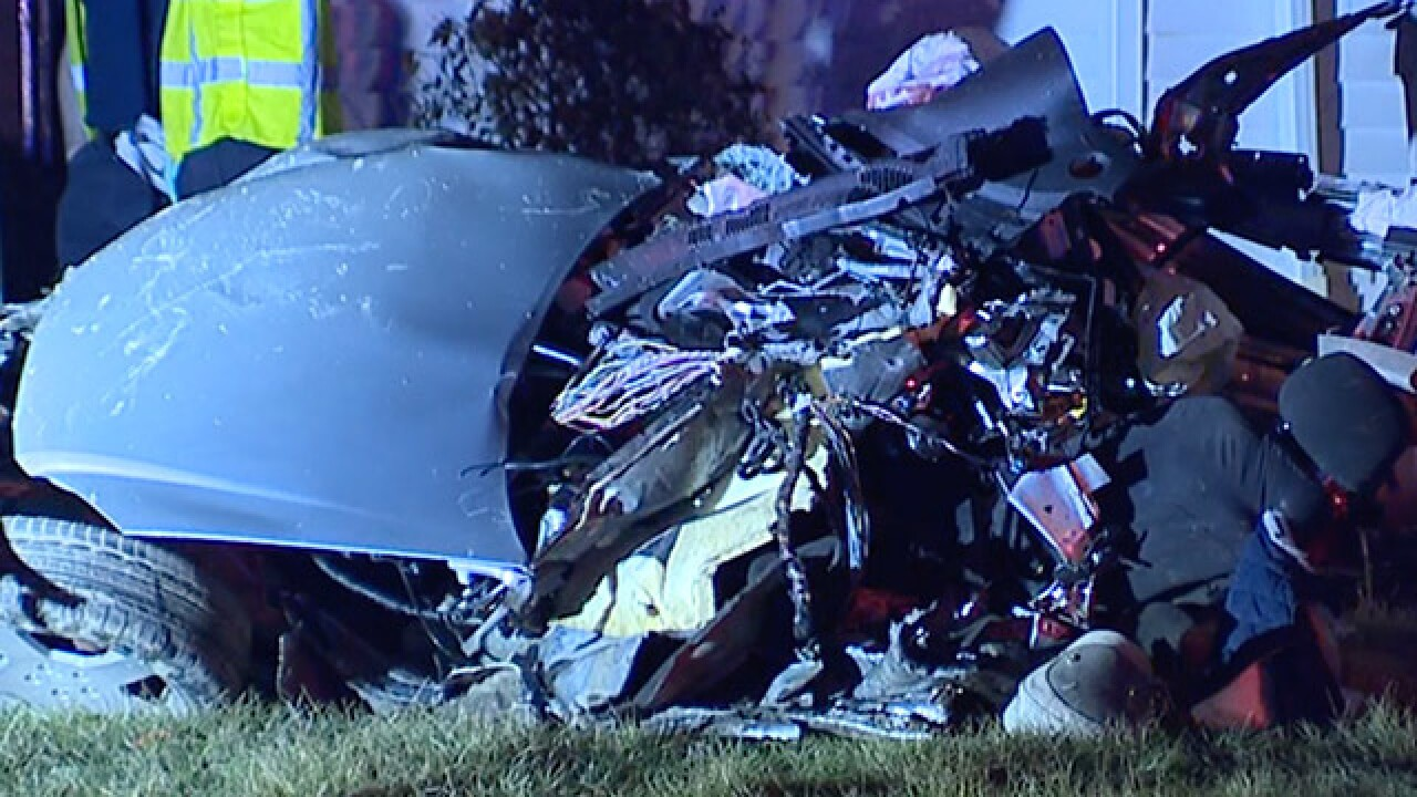 2 dead, car ripped into pieces after Ohio police chase ends