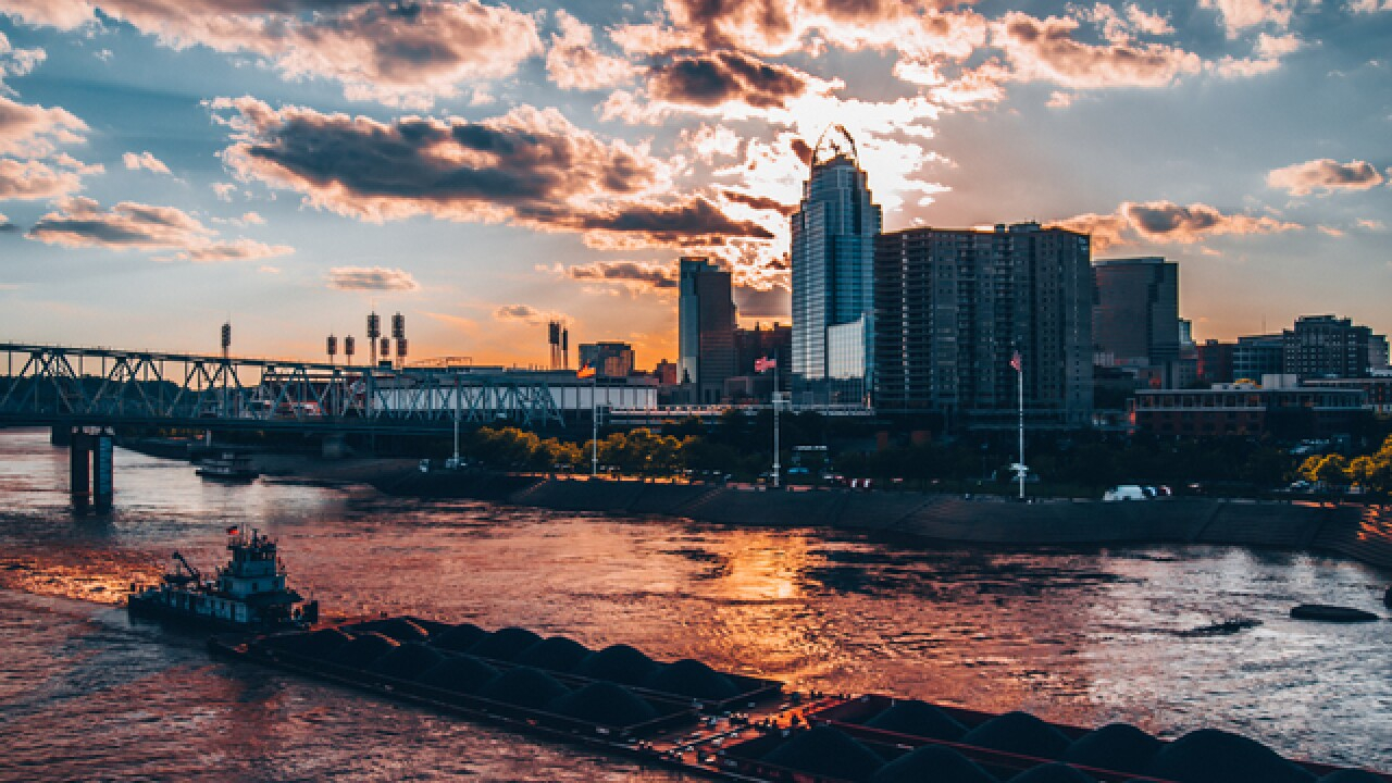 Cincygram captures the remains of the day on an evening tour of the city