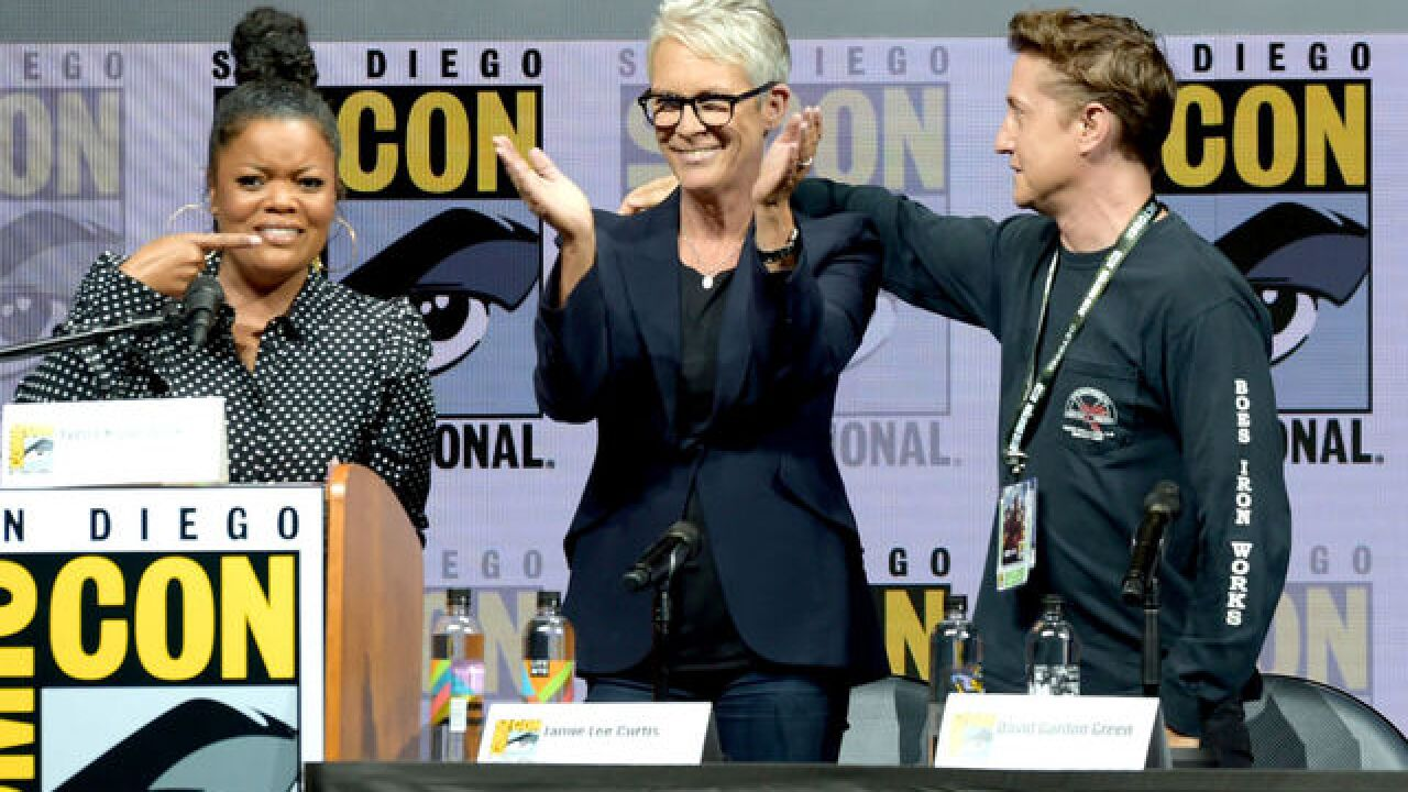 Jamie Lee Curtis, San Diego Comic-Con fan share emotional 'Halloween' hug