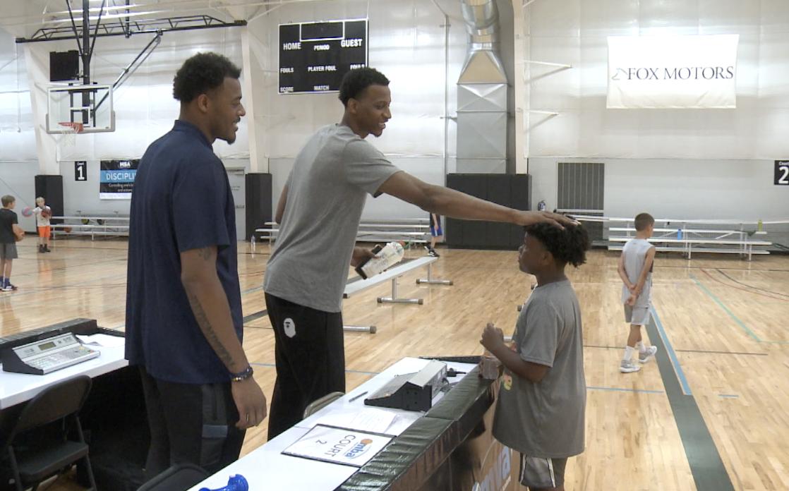 Xavier Tillman hosts first-ever basketball camp