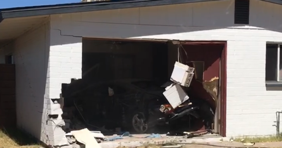 PD: Hit-and-run driver causes car to crash into Phoenix home