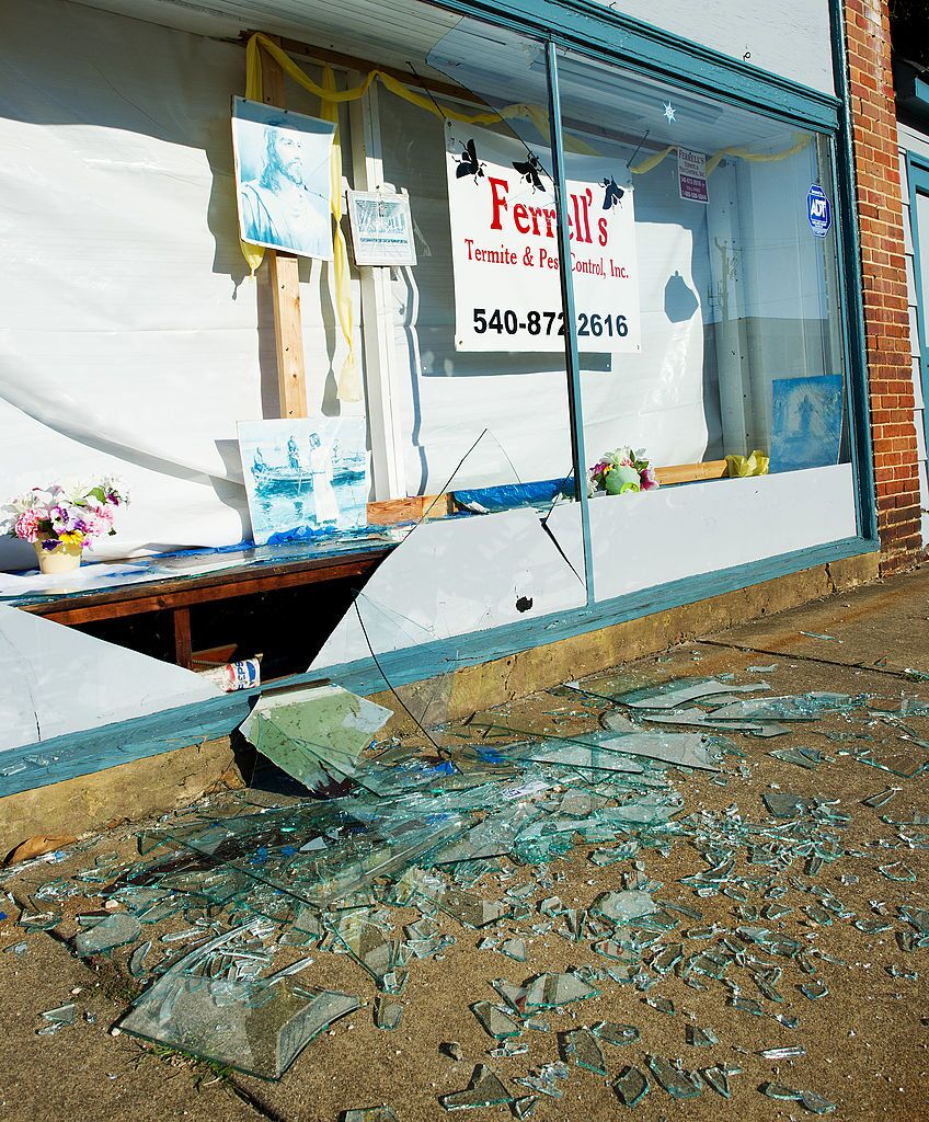 Photos: Photos: Remembering the August 23, 2011 Virginiaearthquake