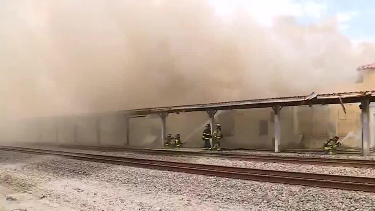 WPTV-DELRAY-BEACH-TRAIN-STATION-FIRE-4.jpg