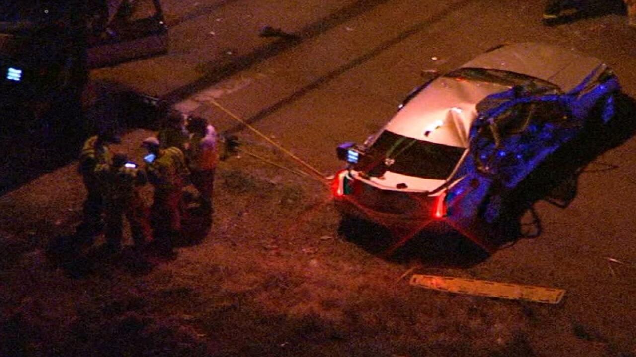 PD: 3 hurt in 2-car crash in north Phoenix
