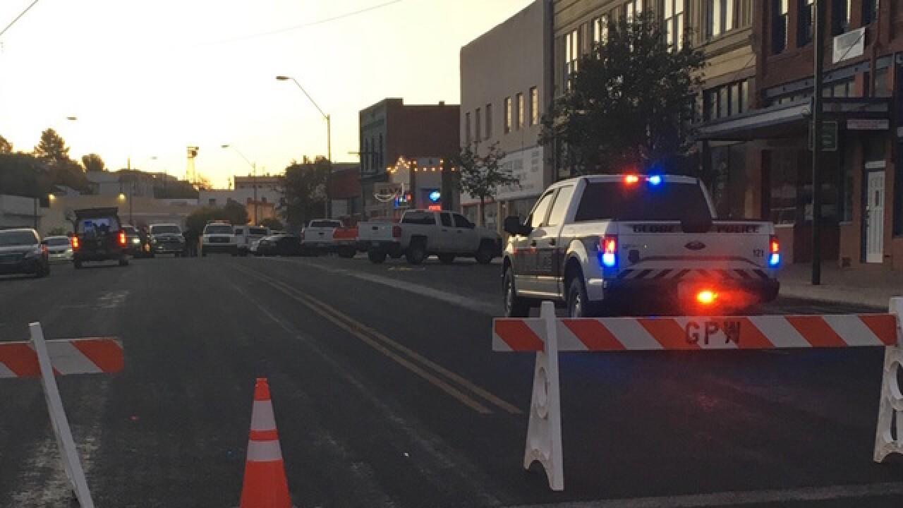 Man enters Arizona bar and begins shooting; 2 people dead