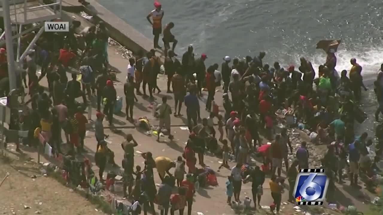 Thousands returned from Del Rio to Haiti