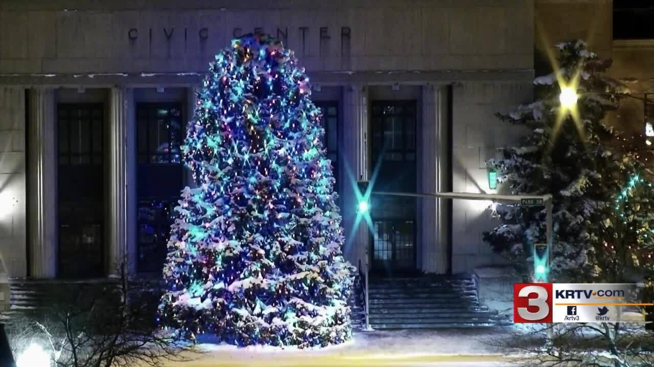 Parade Of Lights kicks off the holiday season in Great Falls