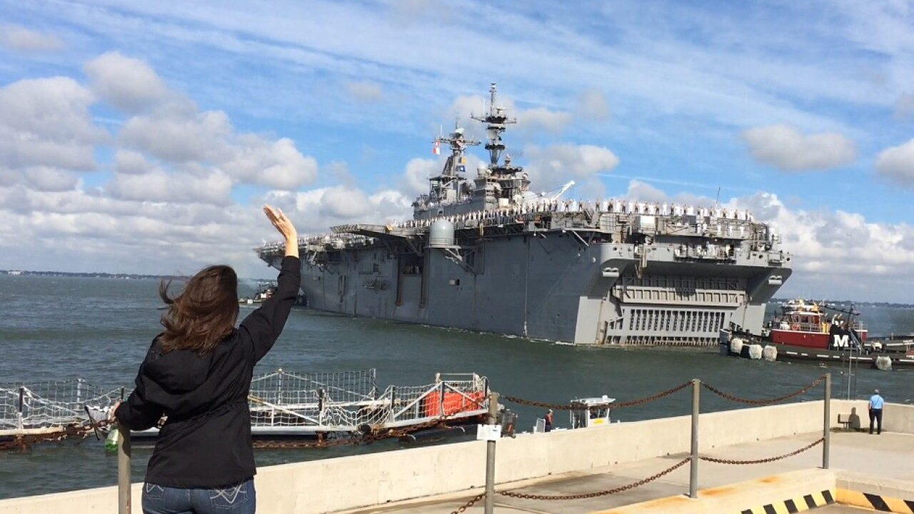 Watch: USS Kearsarge and USS Oak Hill head to Texas for Hurricane Harveyrelief