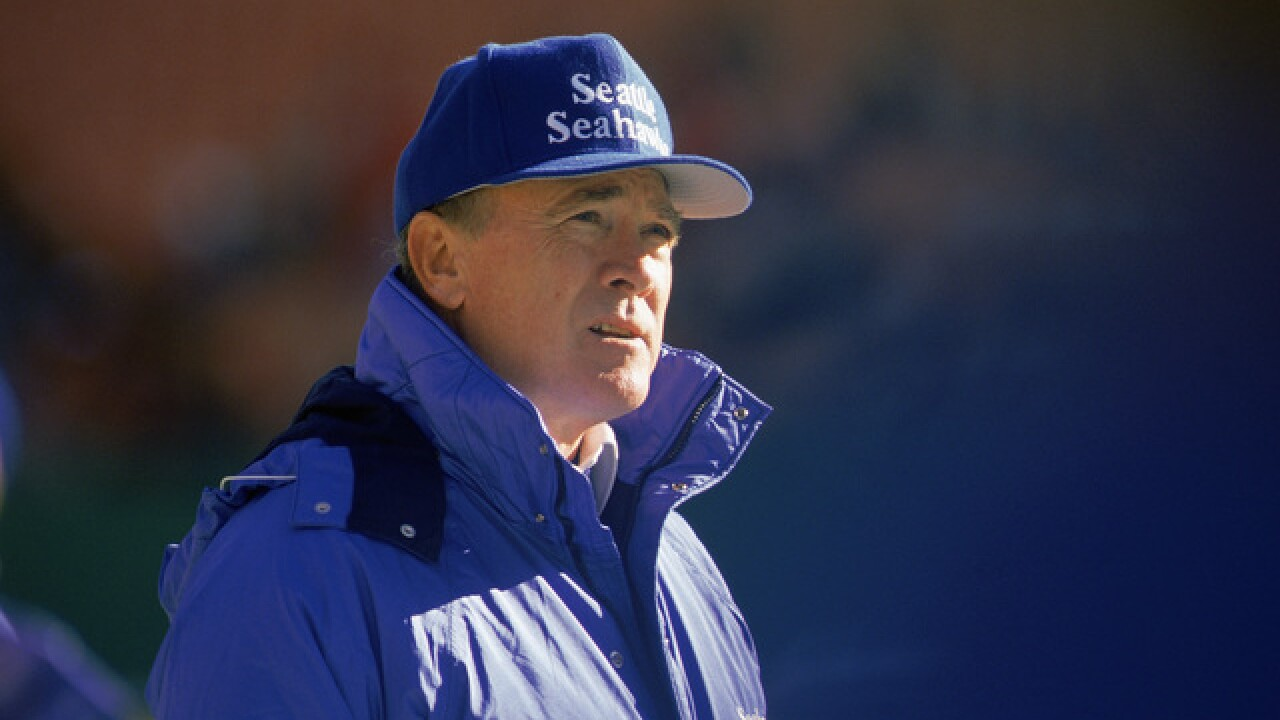 Former Seahawks, LA Rams coach Chuck Knox dies at 86