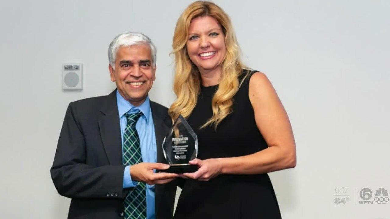 Dr. Sankaranarayana Chandramohan receives award